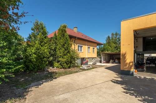 Einfamilienhaus, KFZ Werkstatt, Carport, Vollkeller,...