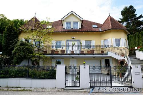 Elegante Luxus- Villa in perfekter Lage