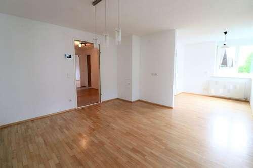 Bludesch: Bezaubernde 3-Zimmer-Wohnung mit Carport zu vermieten!