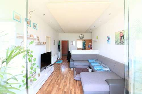 Zu Hause in Satteins: 4-Zimmerwohnung mit Charakter und Blick auf die Bergwelt zu verkaufen!