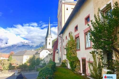 Liebhaberobjekt - Historisches Stadthaus direkt am Unteren Tor der mitteralterlichen Stadt Gmünd