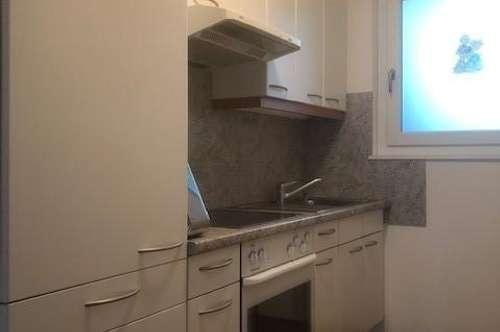 gemütliche 2 Zimmer Single - Wohnung mit Balkon