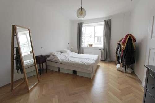 Sanierte 3-Zimmer Wohnung   attraktiver Altbau   ruhige, zentrale Lage   Balkon   nahe Musikum an der Salzach