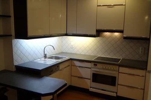 2-Zimmerwohnung mit großzügiger Einbauküche