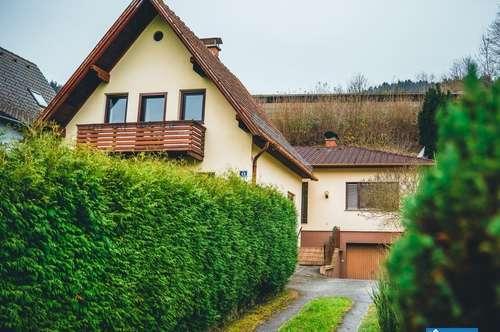 2 Häuser samt großen Garten