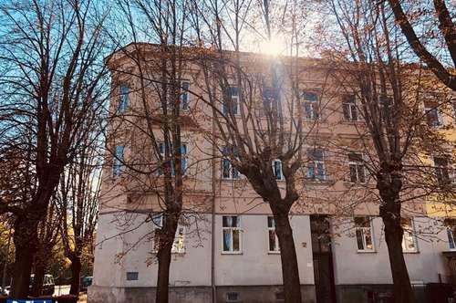 Eckzinshaus/Gründerzeit in begehrter Wohnlage von Bad Vöslau