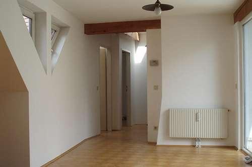Wunderschöne DG-Wohnung mit Terrasse in der Linzer Altstadt