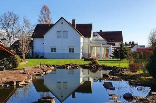 Traumhaus mit Schwimmteich und großem Garten mit Blick auf Schloss Stainz