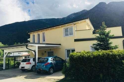 Modernes Stadthaus in Grünlage.Für die grosse Familie