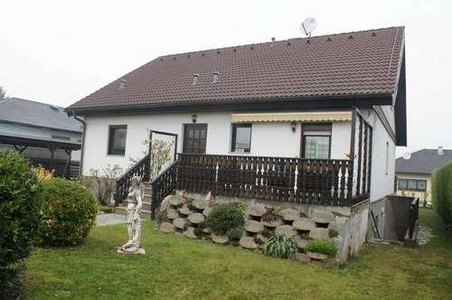 Südlich Wien´s in Sollenau, Einfamilienhaus mit Einliegerwohnung