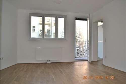Erstbezug WG-Taugliche 3-Zimmerwohnung + Balkon
