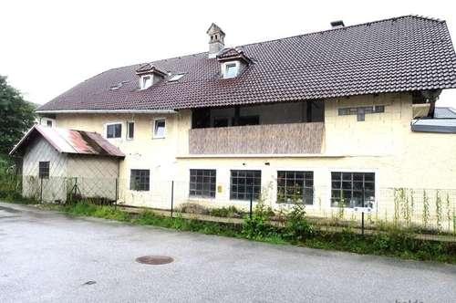 Salzburg-Siezenheim: 3 Parteienhaus mit Werkstatt zu verkaufen!