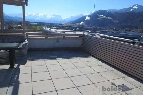 Hallein: 3 Zi-Wohnung mit Dachterrasse, Lift und 2 Tiefgaragenplätze zu vermieten!