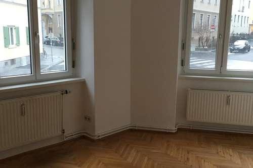 Provisionsfreie 2 Zimmerwohnung in UNI-Nähe