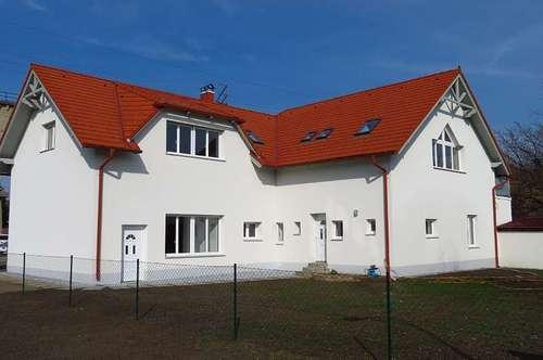 Zentrumsnahes Zweifamilienhaus in herrlicher Natur! – provisionsfrei *PROVISIONSFREI*