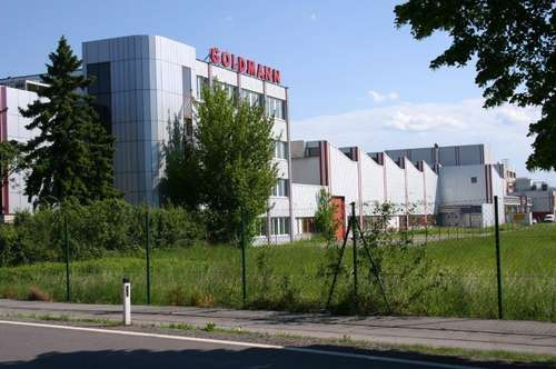 Ihr Bürostandort in Tulln: Modernisiertes Bürohaus mit bis zu 4.300m² inkl. Lagerhallen (Teilvermietung mit je 1.110m² je Geschoß möglich)