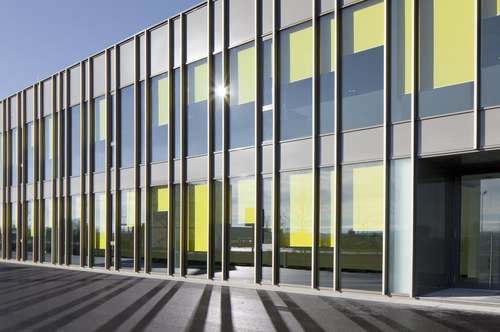 Attraktive Bürofläche (ca. 297m²) in Hörsching zu mieten - direkt an der B1