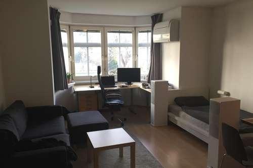 Schöne zentrale 35 qm große Einzimmerwohnung