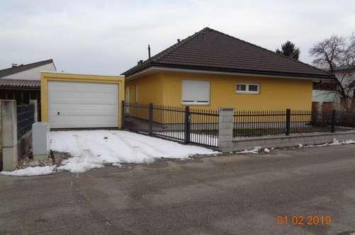 Walmdachbungalow, Karl Grundmannstr. 12, A- 3130 Herzogenburg- Ossarn (Nahe St. Pölten,ca 10 Kilometer).  Der Verkauf der Immobilie erfolgt provisionsfrei, ohne Maklergebühr.