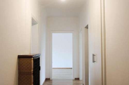 Geidorf: Wohnung ideal für 3er-WG oder Kleinfamilien in TOP-Lage, Erstbezug nach Generalsanierung Loggia, Gartenmitbenutzung, neue Einbauküche, Bad mit Wanne, Kelleranteil