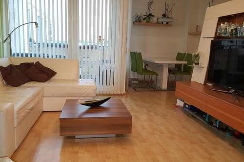 Provisionsfrei! Helle 3 Zimmer Maisonette Wohnung in perfekter Lage
