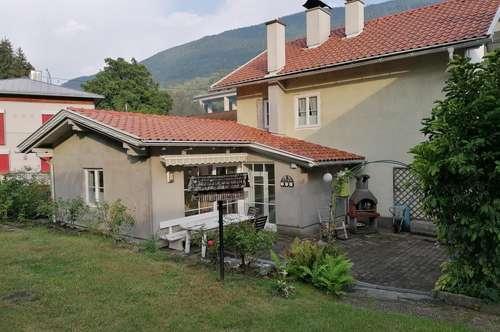 Doppelhausanlage mit Wohnhaus und Wohn-Geschäftshaus in Gmünd in Kärnten zu verkaufen