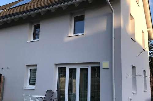 Doppelhaushälfte in St. Andrä-Wördern mit Garten und 2 Autoabstellplätzen