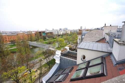Traumhafter Ausblick direkt beim Wasser | Zentrales Penthouse mit 5SZ und Freiflächen