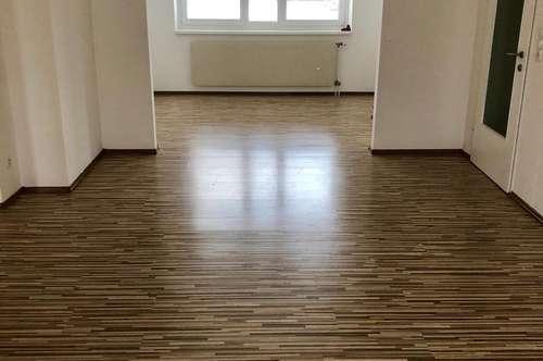 Schöne 3 Zimmer Wohnung provisionsfrei Campus- und Kliniknähe