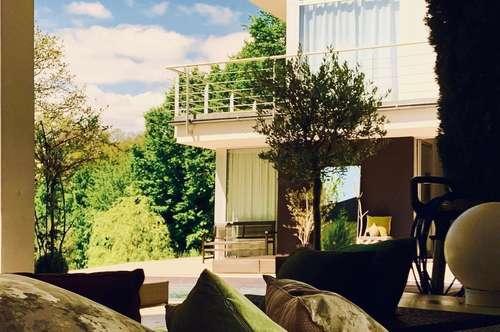 Spektakuläre Designervilla mit Pool,und absoluter Traumlage/Fernsicht