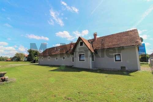 Neubau oder Sanierung: Bauernhaus auf 717 m² Grundstück in attraktiver Lage von Liebenau