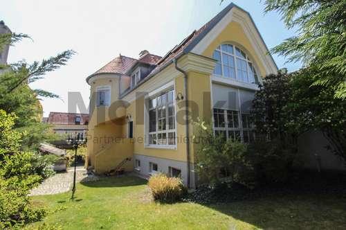 Stilvolle Doppelhaushälfte im Herzen von Perchtoldsdorf: Luxuriöser Wohntraum mit 5 Zimmern bei Wien