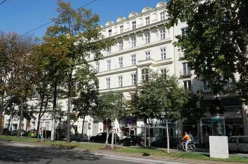 Traumhaft sanierte Altbauwohnung mit Klimaanlage im Herzen des ersten Bezirks nahe Burggarten