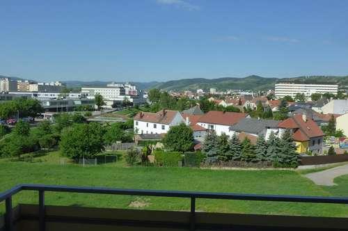 Gepflegte 3-Zimmer-Wohnung mit Freifläche in Krems, Klomserstraße 12/02/15 - PROVISIONSFREI direkt vom Bauträger!