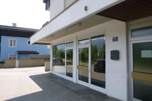 Vielseitiges Geschäftslokal, ca. 195 m², mit guter Verkehrsanbindung