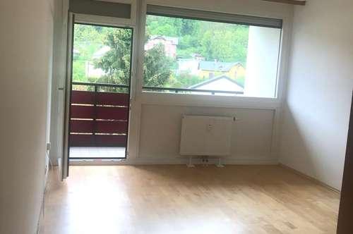 Helle 2-Zimmer Wohnung, WG-geeignet, privat, provisionsfrei
