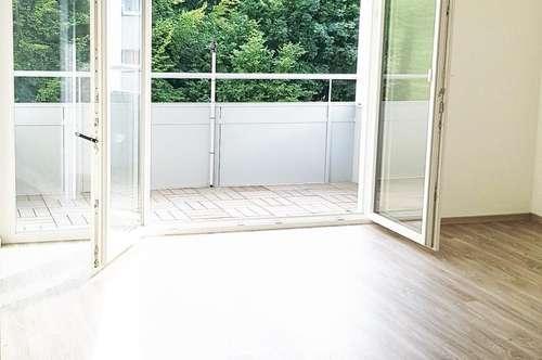 Neu sanierte 3-Zi-Wohnung mit Loggia in zentraler Lage