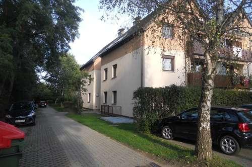 PRIVAT, SUPER GELEGENHEIT, 65m² Wohnung, Haus energetisch generalsaniert KEINE PROVISION