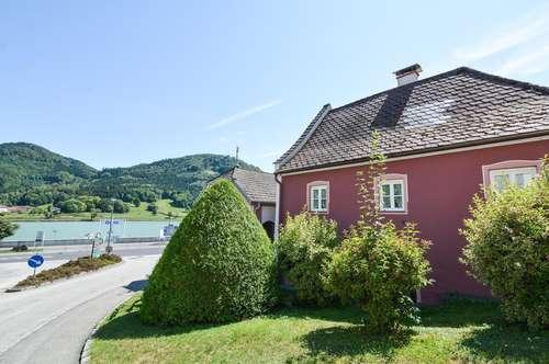 Exclusives Wohnhaus an der Donau