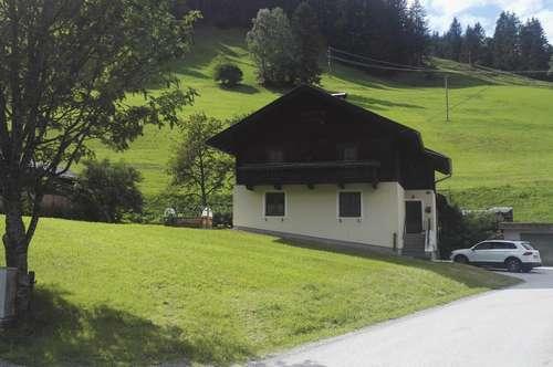 Einfamilienhaus im Grünen mit großem Grundanteil und viel Potential