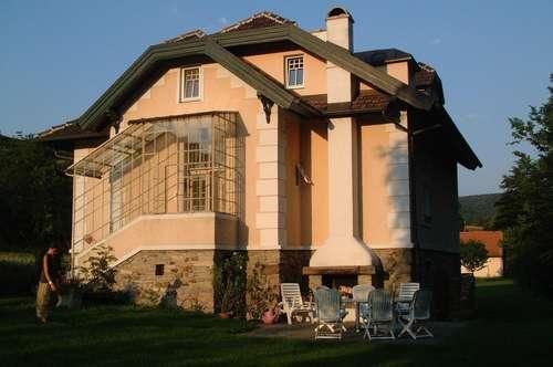 Jahrhundertwende Villa in Stiefern
