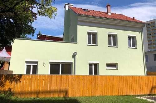 Neu saniertes Haus mit großer Terrasse