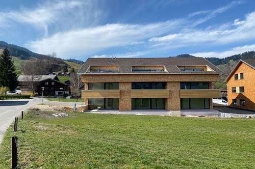 ERSTBEZUG: neue 4 Zimmerwohnung inmitten von Schwarzenberg