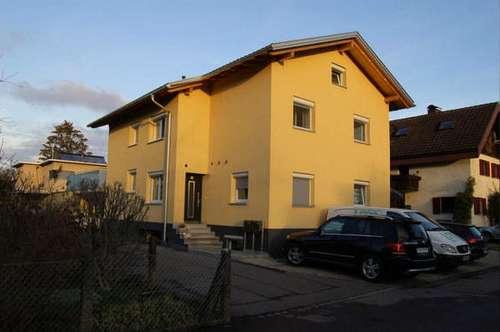 Feldkirch: Attraktives Zweiwohnungshaus mit zusätzl. Einliegerwohnung in Gisingen