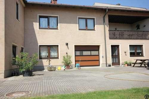 Individuelles Haus mit 2 Wohneinheiten auf einem insgesamt ca. 1960 m² großen Grundstück - Nähe Herzogenburg