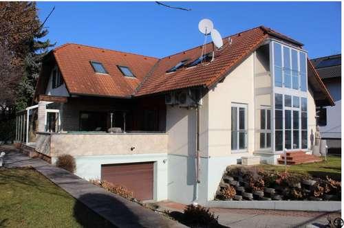 >>> Traumhaft gelegene Villa - oder auch Zweifamilienhaus in Bestlage des 22. Bezirkes!