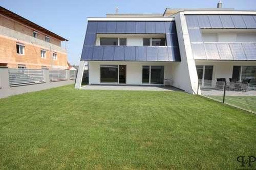PAUL & Partner: Luxus Doppelhaushälfte - Terrassen - Garten - Garage und Carport