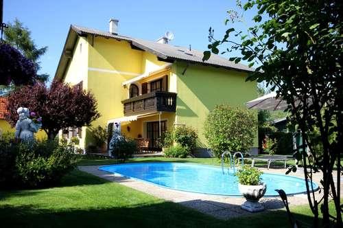 >>> Stilvolles Haus mit Pool und sehr gepflegtem Garten