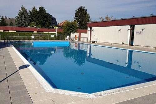 >>> Entzückendes Reihenhaus, ruhig gelegen mit herrlichem Pool und Sauna in der Anlage