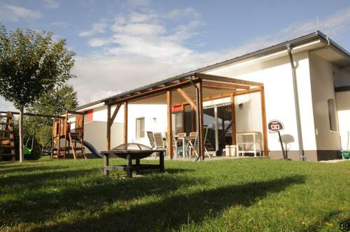 Bungalow mit Südgarten ca. 220 m² in ruhiger Wohnsiedlung